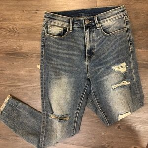 Urban Outfitters BDG Twig High Rise Distressed